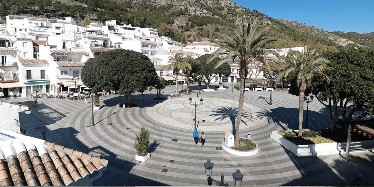 Plaza de la Constutucion Mijas Pueblo