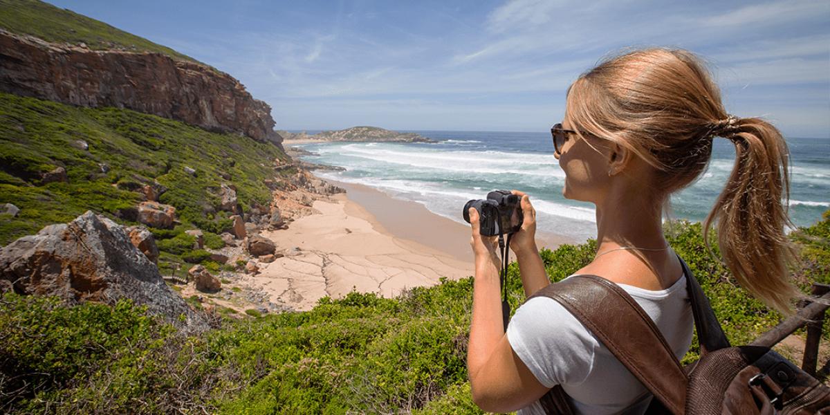 Mädchen mit Kamera Gardenroute Südafrika